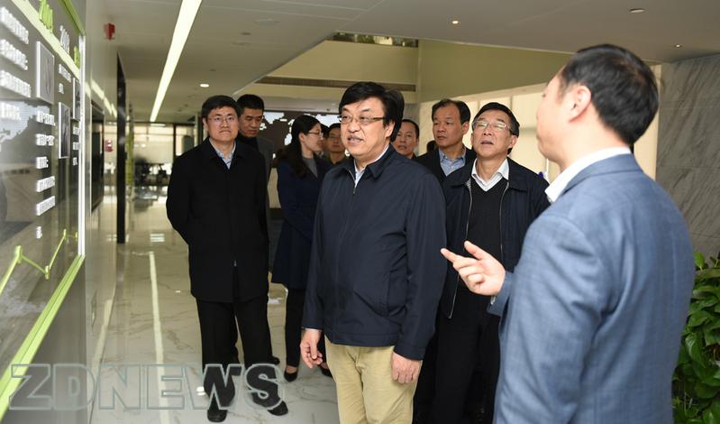 冯飞副省长来校调研科学研究和成果转化工作图片